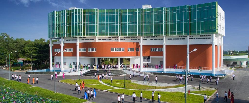 Trường Đại học Cửu Long